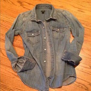 🌟J Crew Western Denim shirt w/snaps